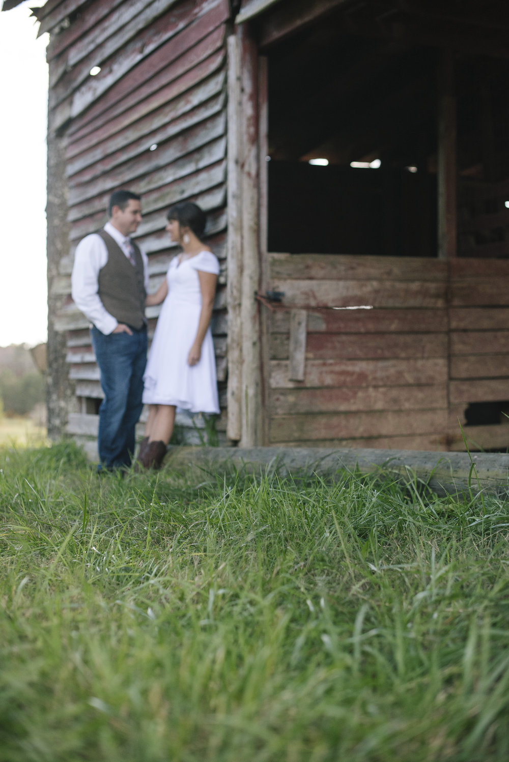 country-charm-wedding-title.jpg