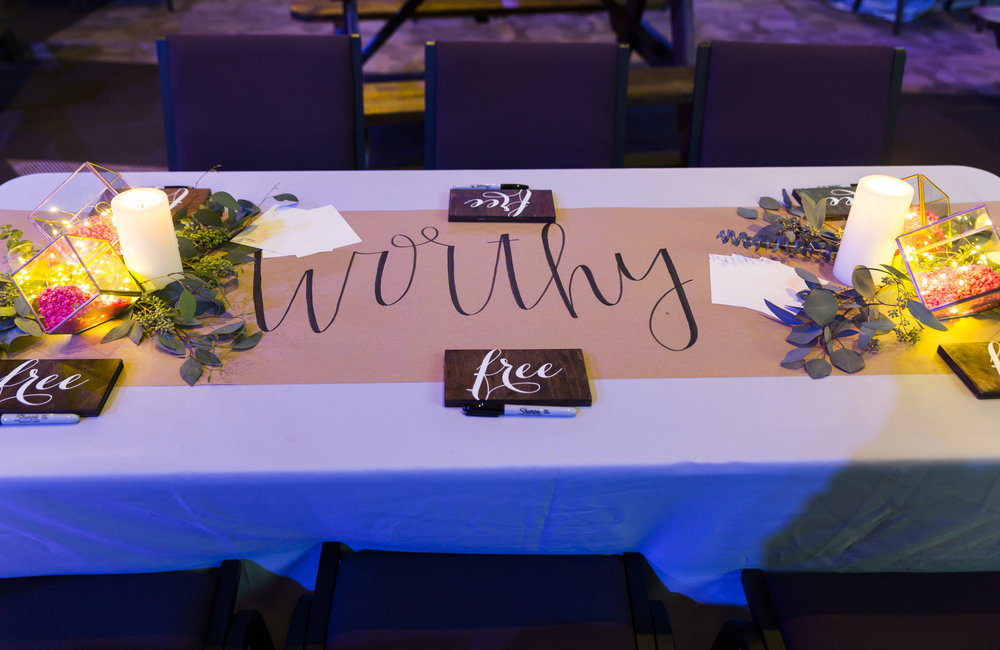 table-decor-butcher-paper.jpg