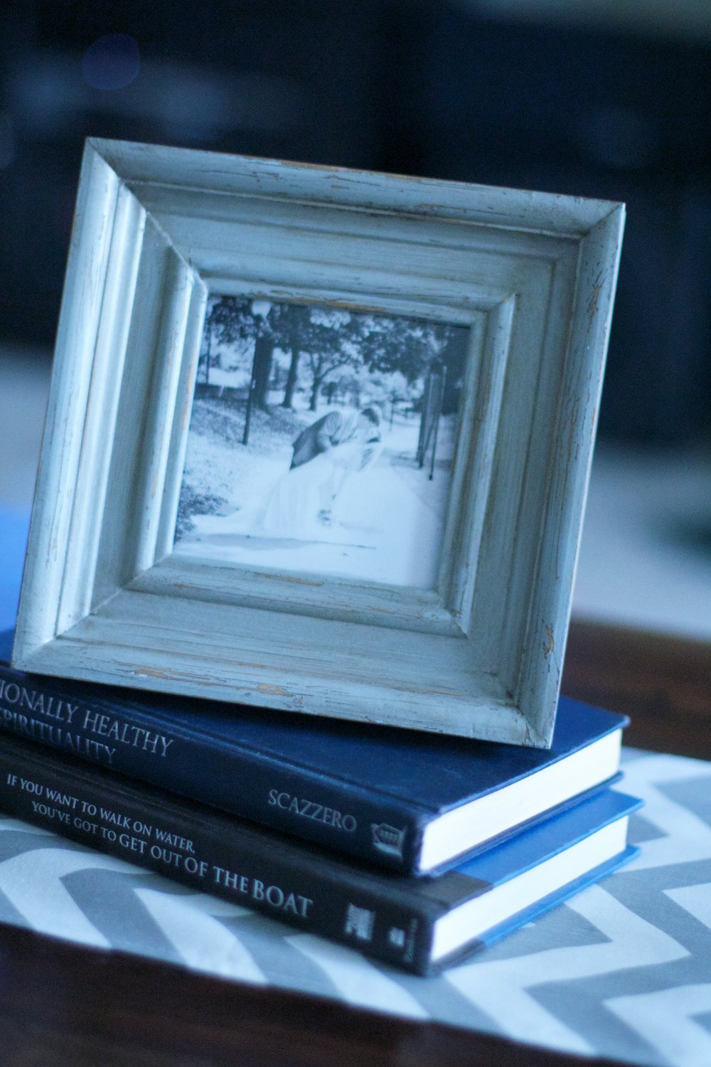 coffee-table-book-frame