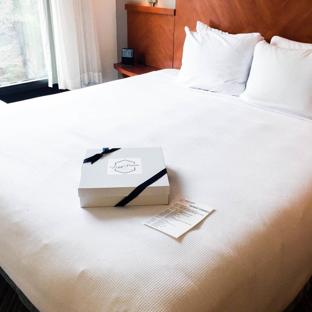 hotel-swag-box-setup