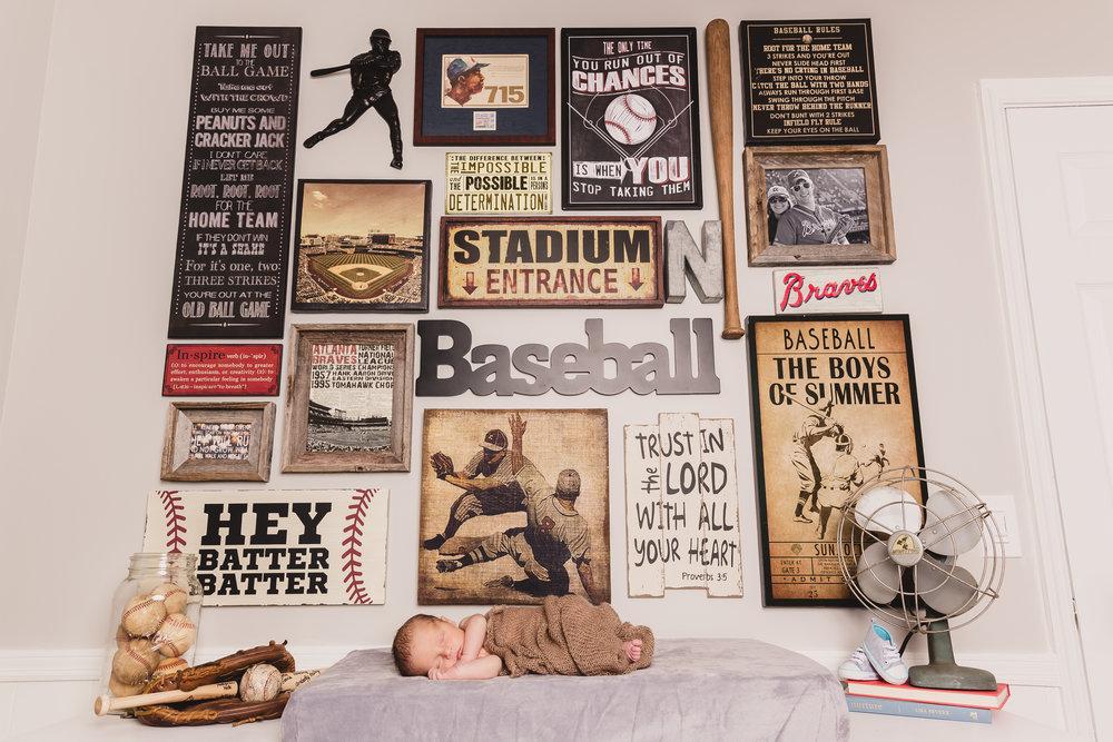 vintage-baseball-gallery-wall-nursery