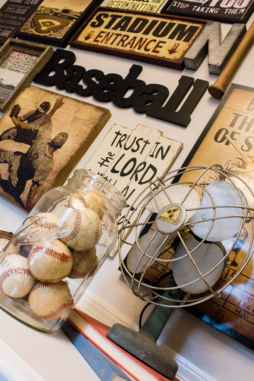 baseball-gallery-wall