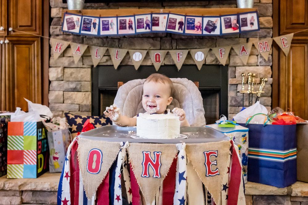 smash-cake-bunting