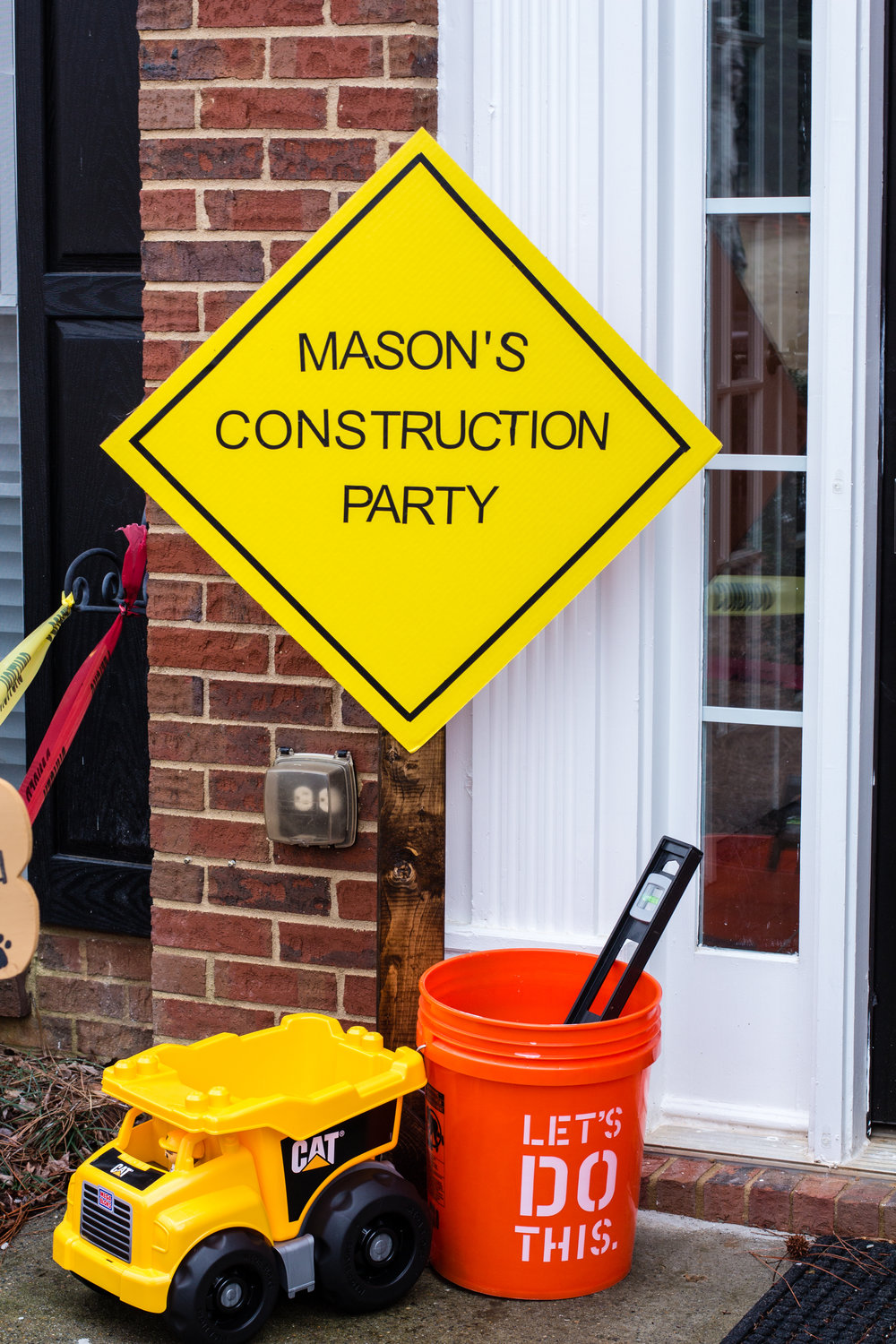 construction-party-entrance