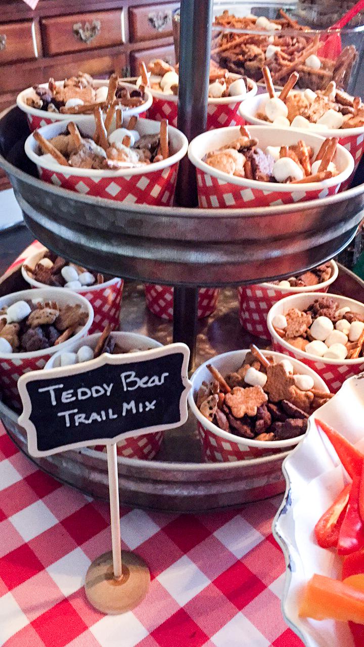 teddy-bear-trail-mix