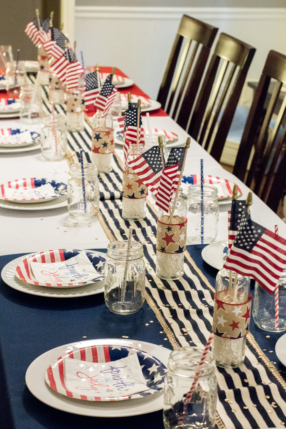 red-white-blue-table-decor