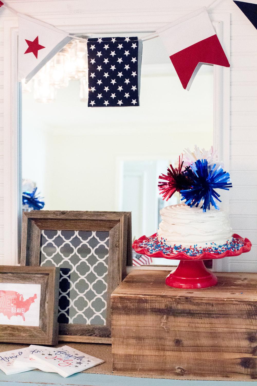 patriotic-smash-cake