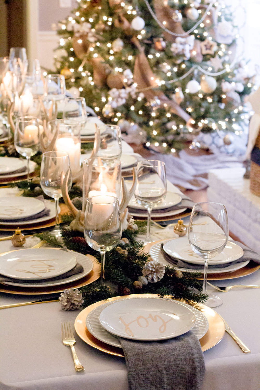 gold-tablescape