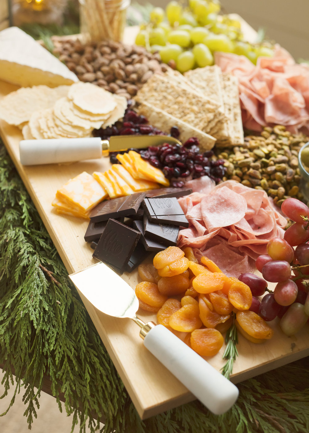 charcuterie-board-how-to