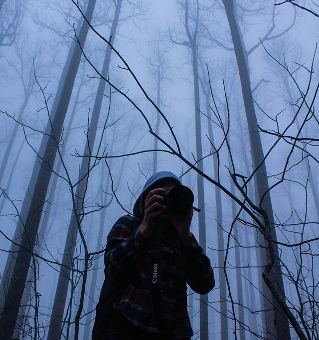 There's something in the woods... . . . #photography #photo #capture #focus #moment #photoshoot #fog #ramrockmountain #portraitphotography #portrait #model #outdoors #woods #georgia #forest #justgoshoot #exploretocreate #visualsoflife #peoplescreatives #theoutbound #creative #inspire #shoot #fun #toccoa #folkgood #artofvisuals #igmasters #streetdreamsmag #instagood