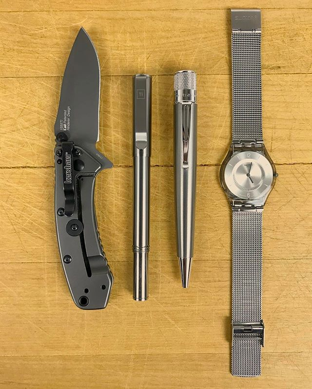 #Tuesday #morning #edc! Ready to take over the #world! #everydaycarry #pen #gear #ink #watch #style #knife #knives #edcgear #inked #watches #ballpoint #writing #stationery #tools #quality #minimalist