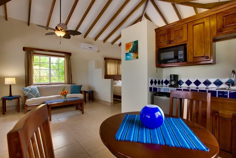 Jr Suite cabana5.jpg