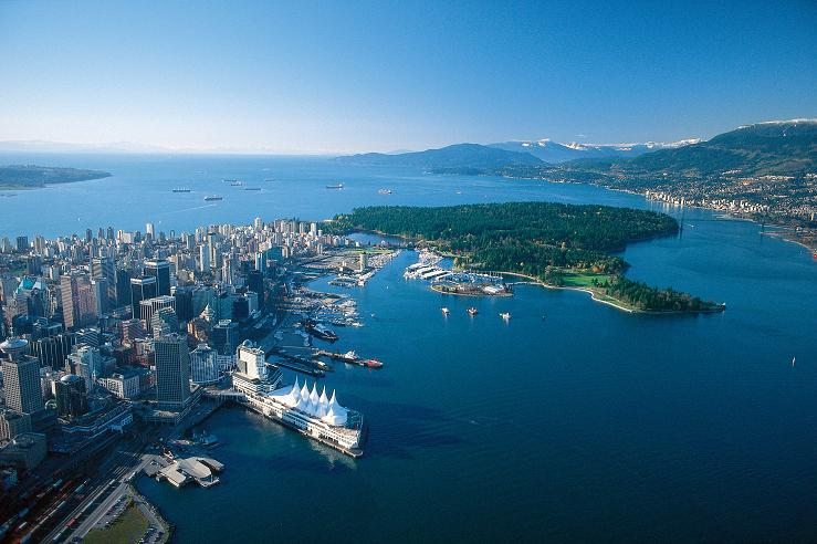 Aerial_view_of_dontwon_Vancouver_and_Stanley_Park.jpg
