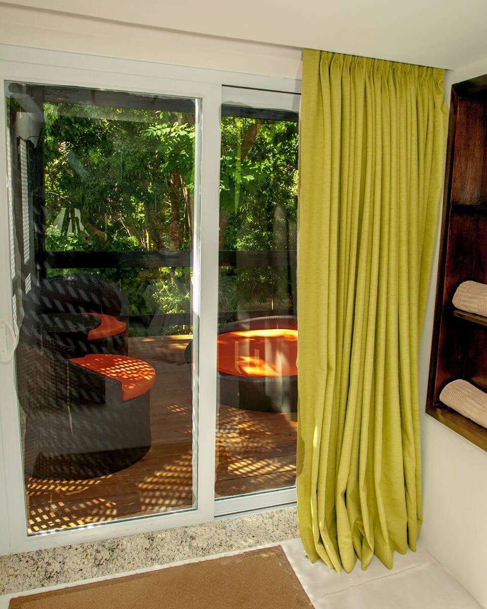 Hedo-NB-GV-Premium-Balcony-1-960x1200.jpg