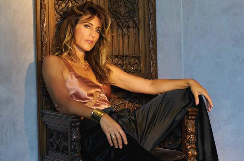 Lady Boss: The Gorgeous Jennifer Esposito on Loving Life, Living Healthy, and Learning Her Way (CBS Watch, April 2017)