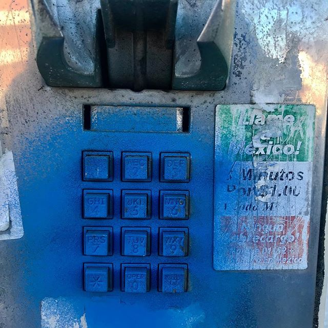 #ladeadphone #losangeles #crenshaw #wilshire #blue