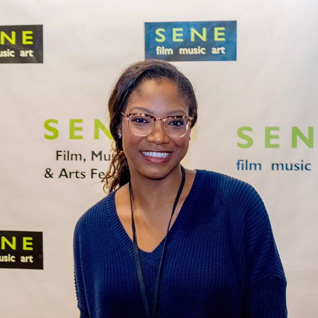 Screenings continue at the @senefest | Our favorite was a short called #VidaEnMarte by an amazing director @carrascodirige 🙌🏾 | #senefest #senefestival #filmfestival #indiefilm #movies #films #rhodeisland