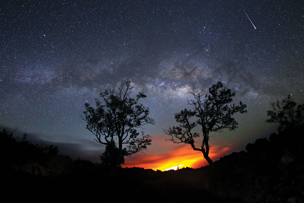 Hawai'i volcanoes give us a glimpse into how the earliest days of the Earth may have looked with pristine night skies over endless volcanic activity