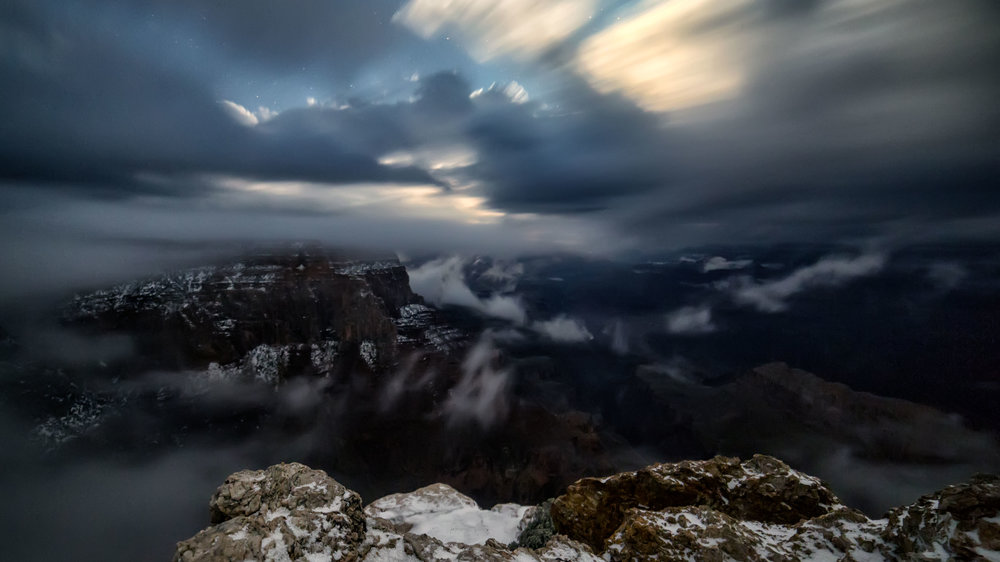 A Photographer Captured A Jaw-Dropping Weather Phenomenon At The Grand Canyon
