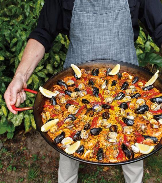 PAELLA PAN - Sensational European cuisine!