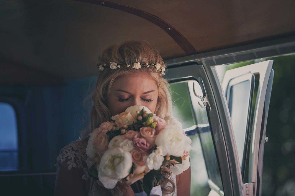 Bridal-bouquet-French-and-Fahey-Festival-Weddings-France-brides-bouquet-min.jpg