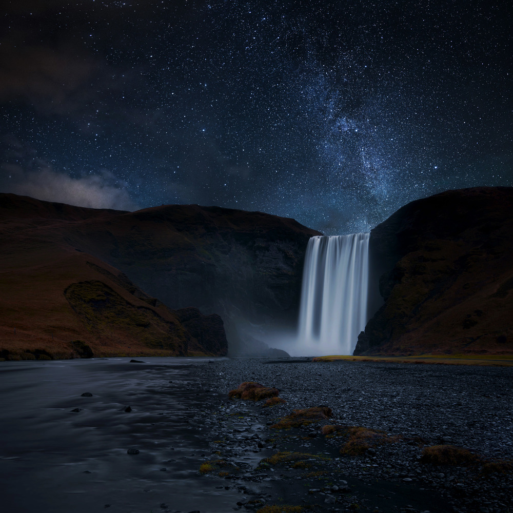 Skogafoss-at-Night.jpg