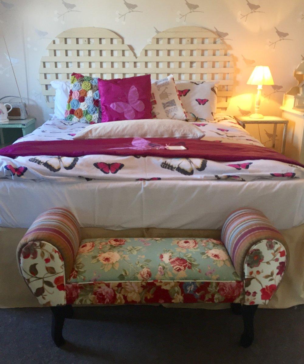 garden room bed.jpg