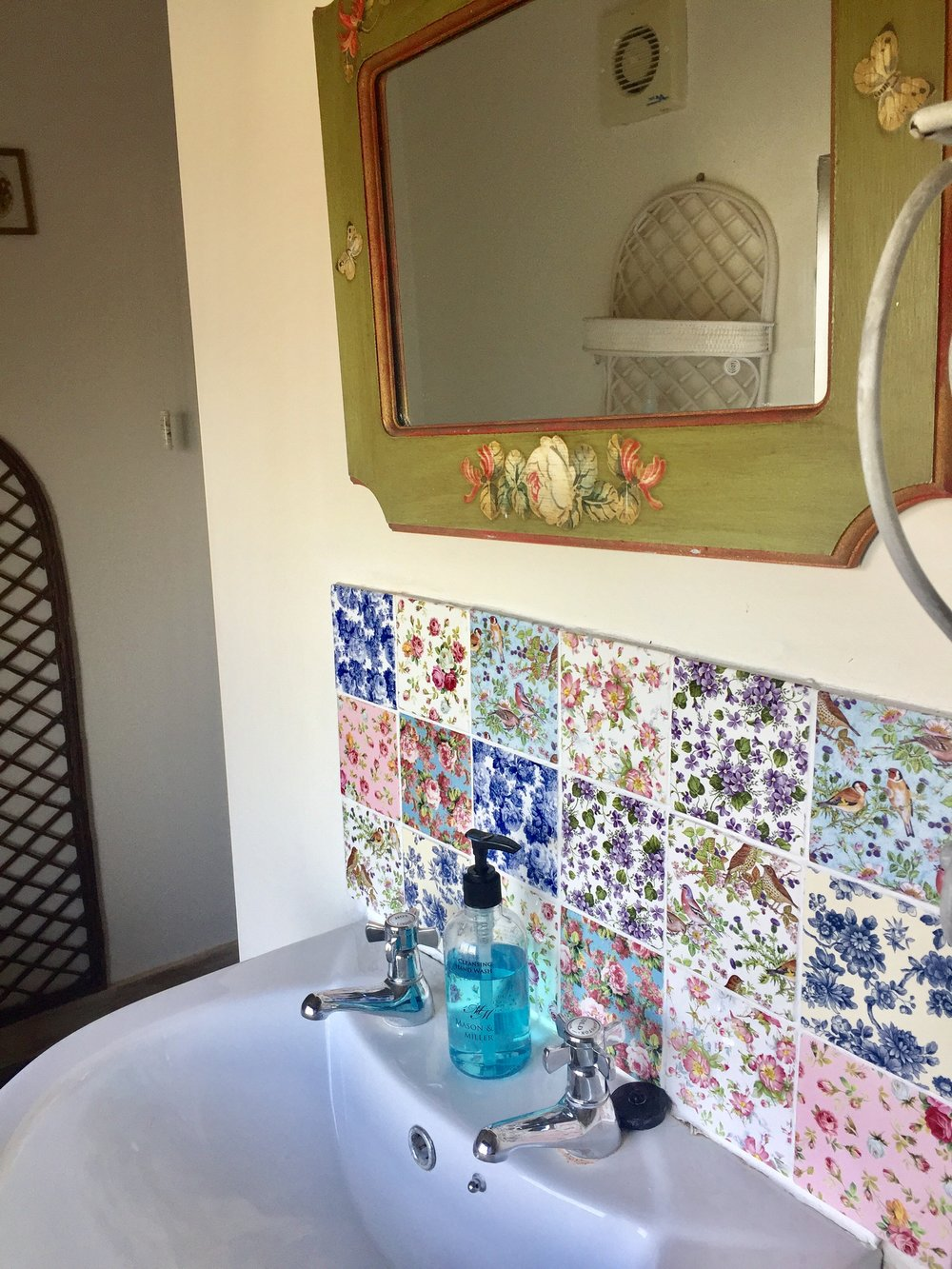garden room bathroom.jpg