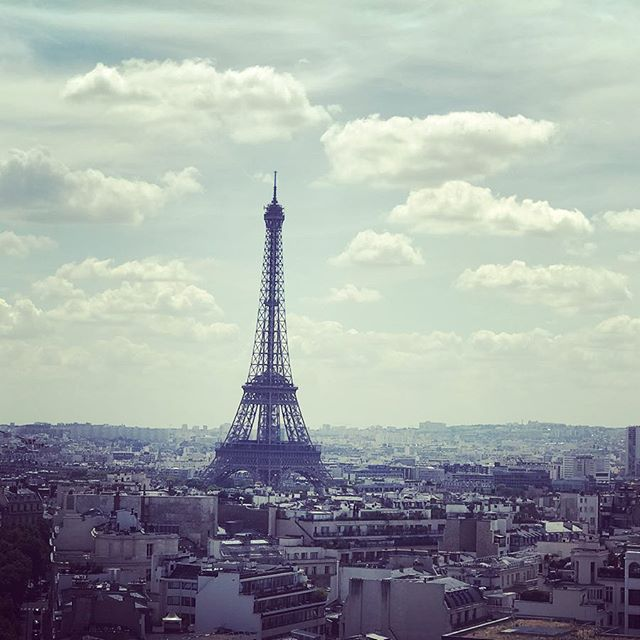 We stand tall and proud - Tour Eiffel #paris #eiffeltower #architecture #arcdetriomphe #fabulous #bragging #showoff #sky #beautiful #betterthanthis #tall #proud #standout #tour #eiffel #france