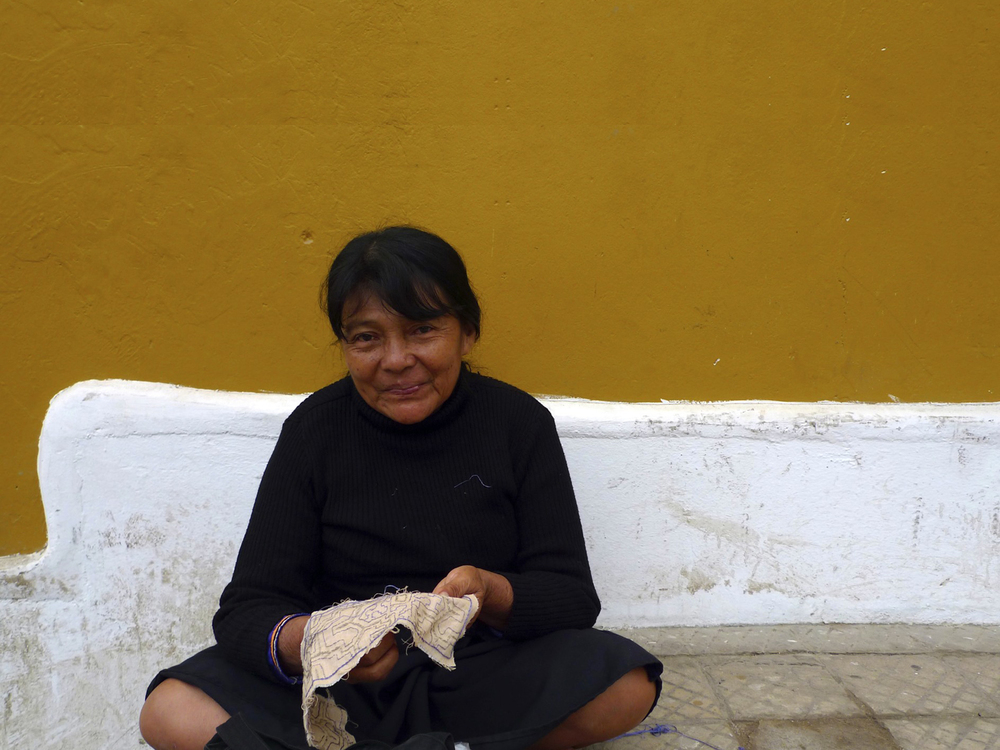 WE ARE PROUD TO SUPPORT THE WOMEN OF THE SHIPIBO COMMUNITY IN LIMA, WHO EMBROIDER ALL OUR PIECES BY HAND