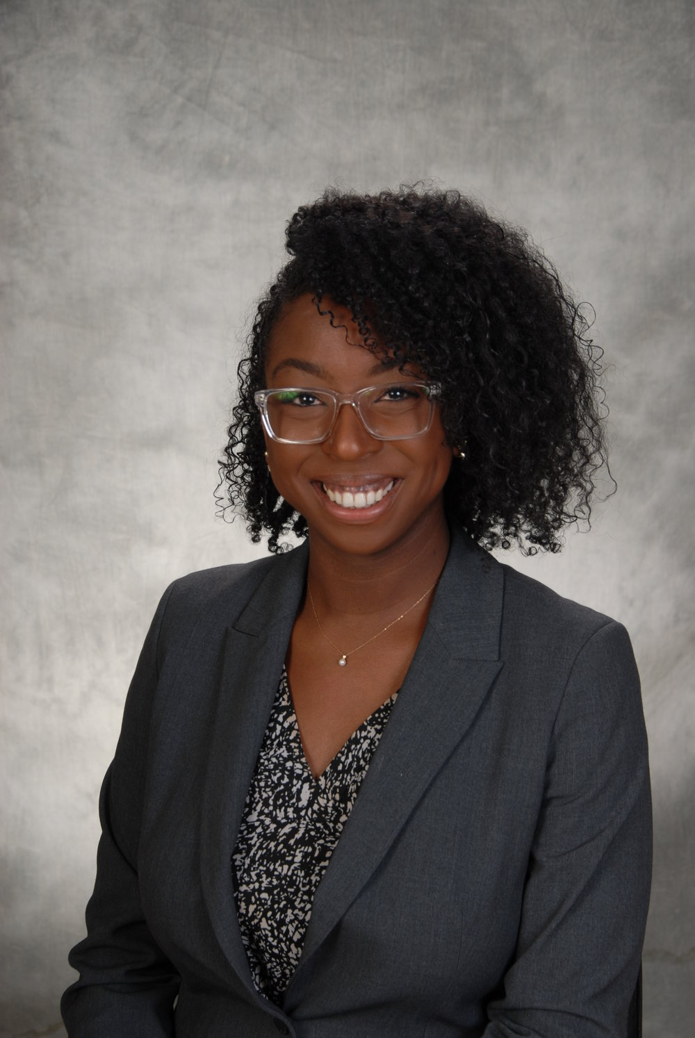 Ashley Willies - Finantial Aid Representative