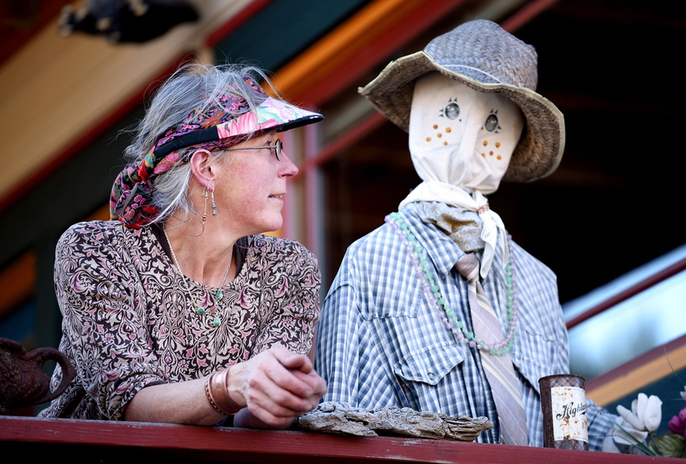 Montana Life: Scarecrow Sue