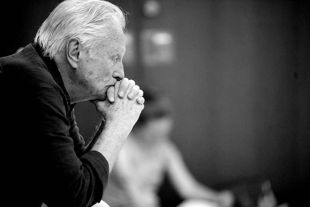 Founding artist David Ackroyd in rehearsal.