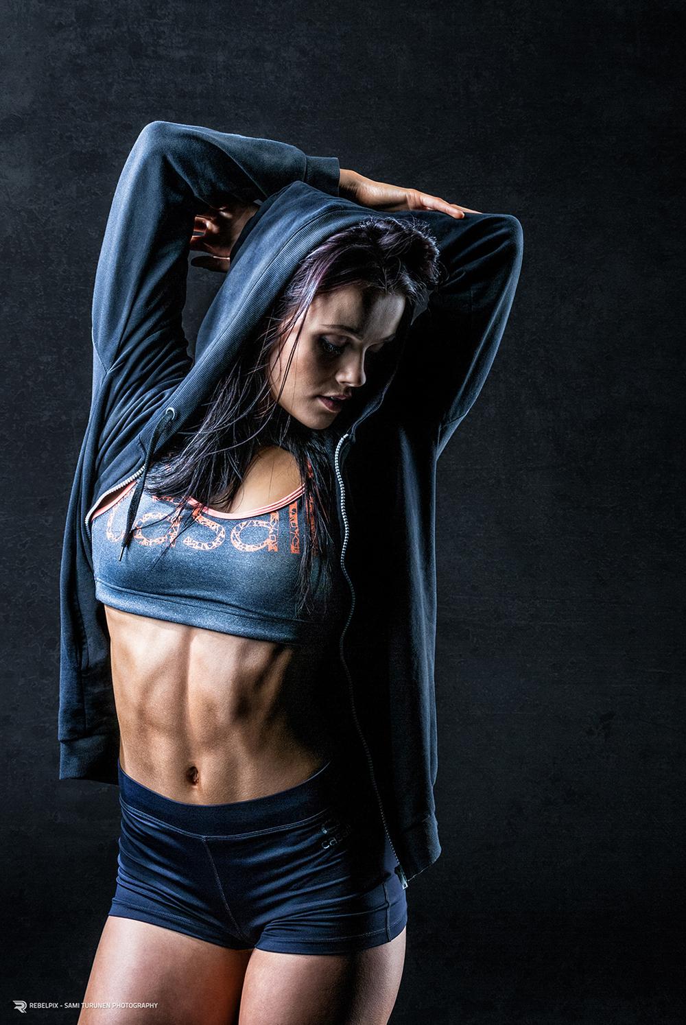 rebelpix_sport_fitness_roosa_kilpelainen461_crop2_lowres.jpg