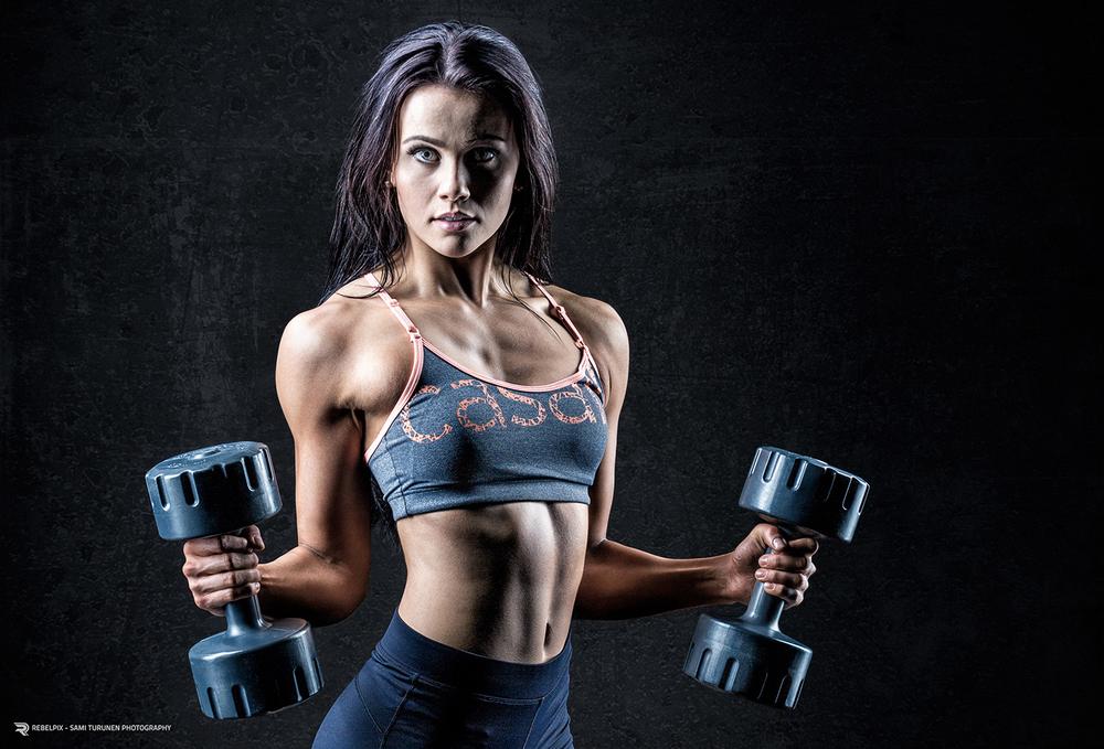 rebelpix_sport_fitness_roosa_kilpelainen514_crop_lowres.jpg