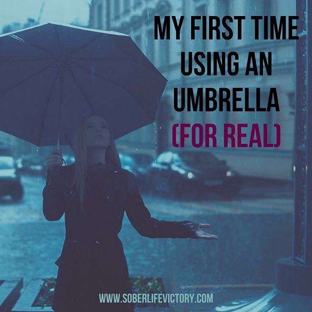 I have found clarity in the strangest things on my sober journey. The other day it was an umbrella. Sharing more on the blog    #soberlifevictory  #sober #soberlife #sobermovement #quotes #recoveryquotes #alcoholfree #soberissexy #sobriety #soberquotes #sobernation #sobermama #wedorecover #bethelight #spiritjunkie #clean #addiction #recovery #healing #recoverywarrior #sobrietyrocks #sobermom