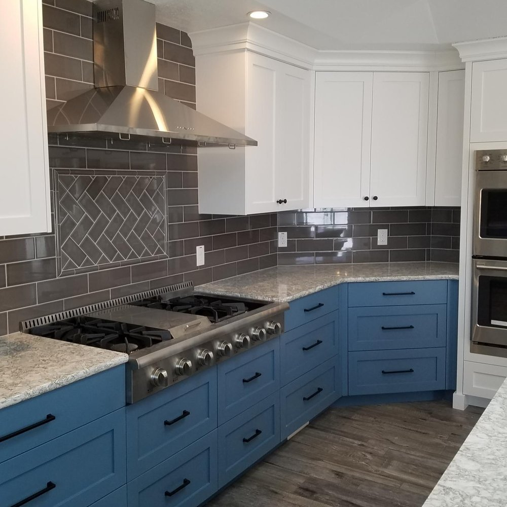 ASHTON COMPANIES GENERAL CONTRACTOR - Ashton Companies is an experienced General Contractor with the contacts and resources to make your project a reality. We have great relationships with architects, engineers and subcontractors who can work with you to make sure your home is truly your castle. We take a unique approach to construction and most of our projects are cost-plus pricing. This means that you, the client, are at the helm of your project.Please visit www.AshtonCompanies.com to learn all about our construction projects.