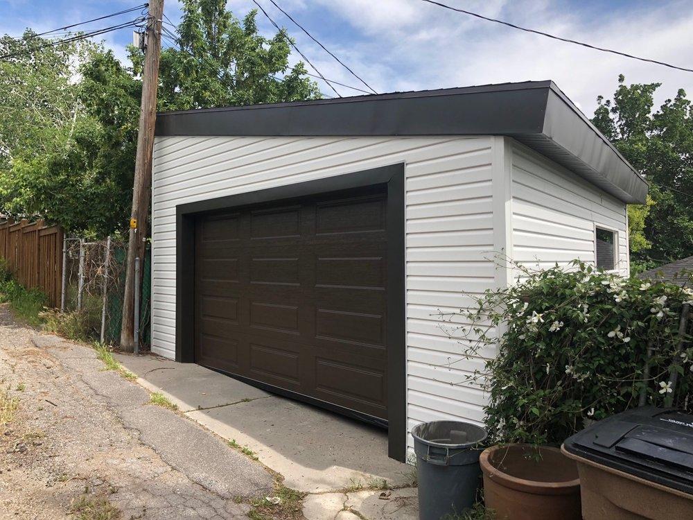Small Garage.jpeg