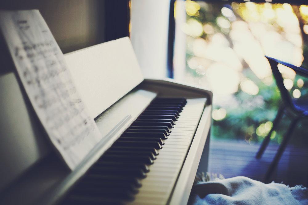 pianopic.jpg