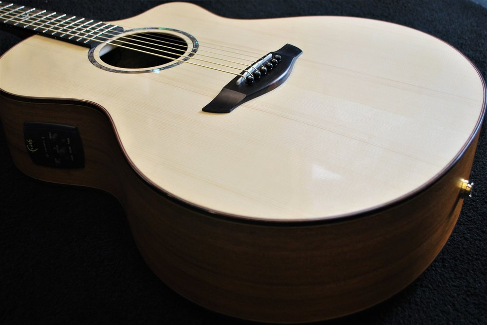 """Faith's """"Neptune"""" model is a big sounding, thin profile, acoustic-electric, with great playability."""