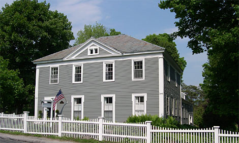 EDDINGTON HOUSE INN      RATES $139-199      BOOK YOUR RESERVATION