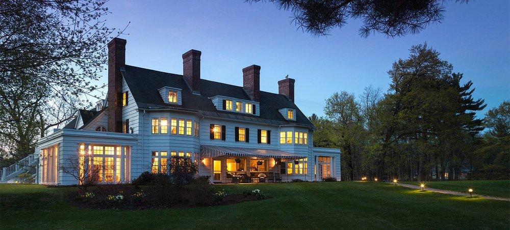 Four Chimneys Inn in Bennington Vermont