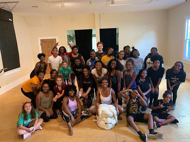 Afro-House Class with @trudancer92 pushed the Dance For Social Change company members to their edges. Thank you for coming!