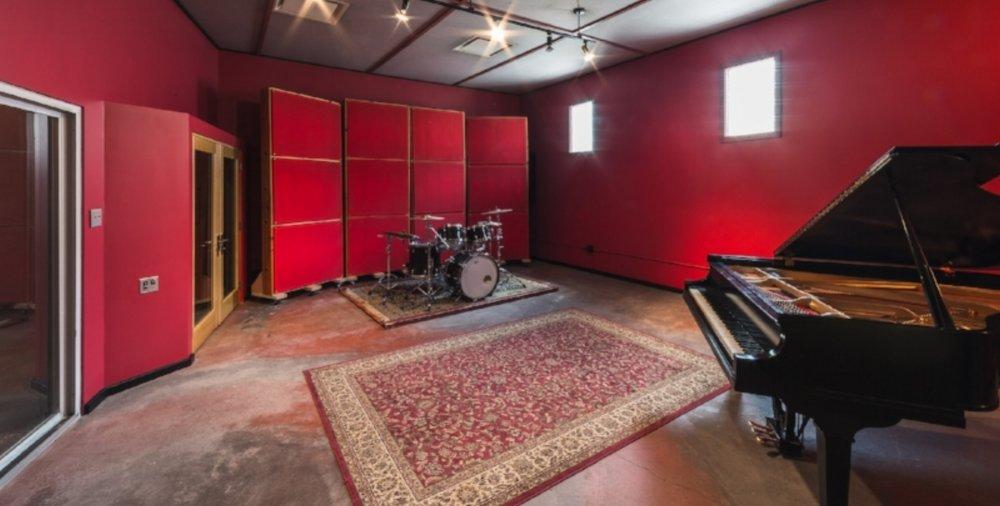 rax studio a.jpg
