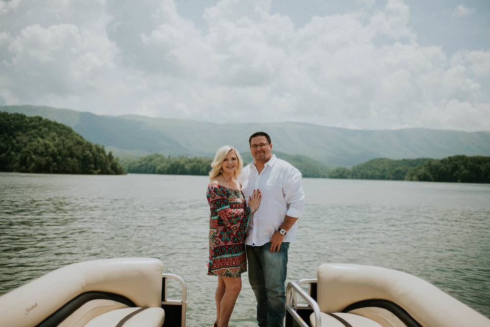 south-holston-lake-engagement-session-3.jpg
