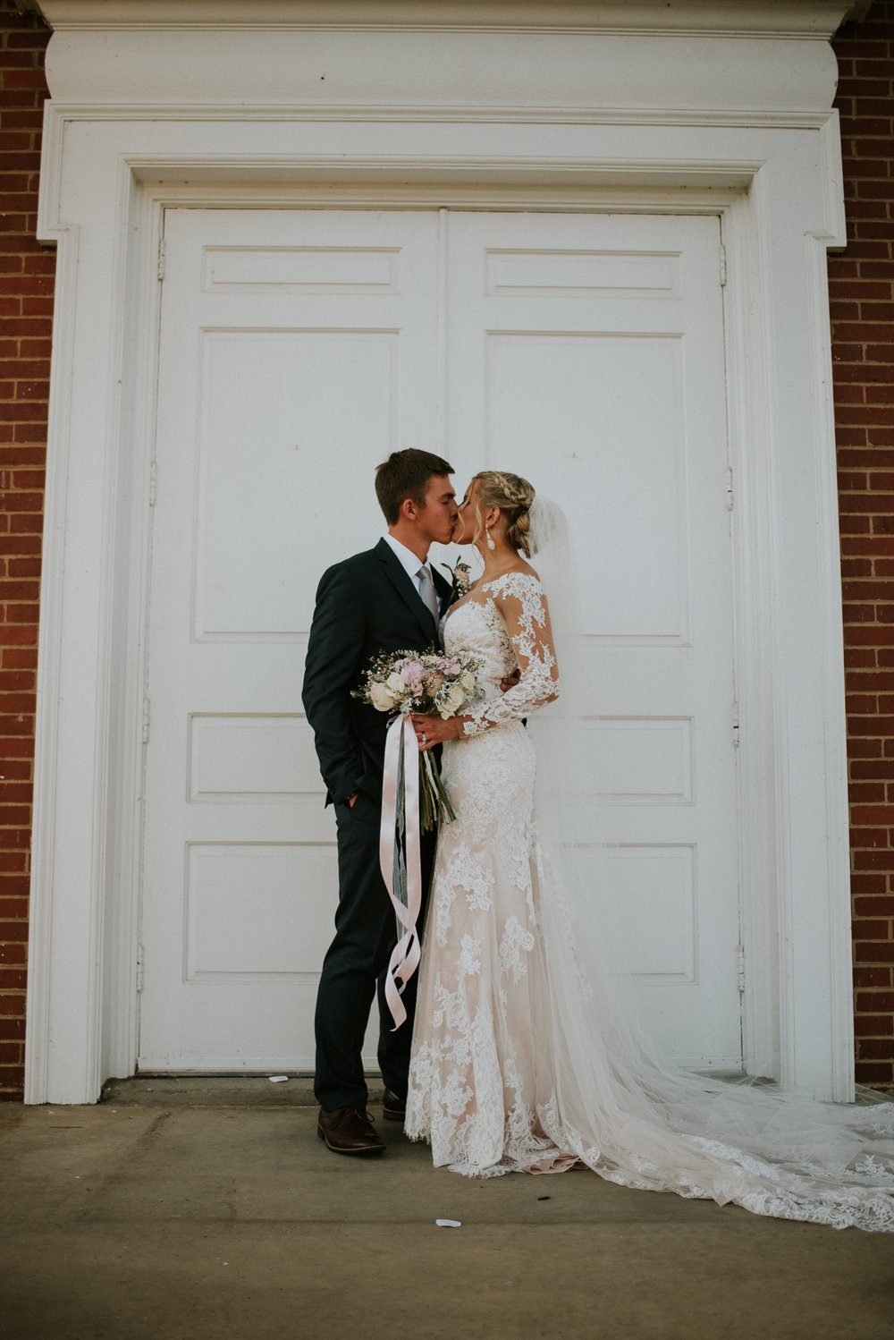 east-tn-wedding-photographer-tennessee-elopement-photographer-kingsport-tn-wedding-photographer (37 of 50).jpg