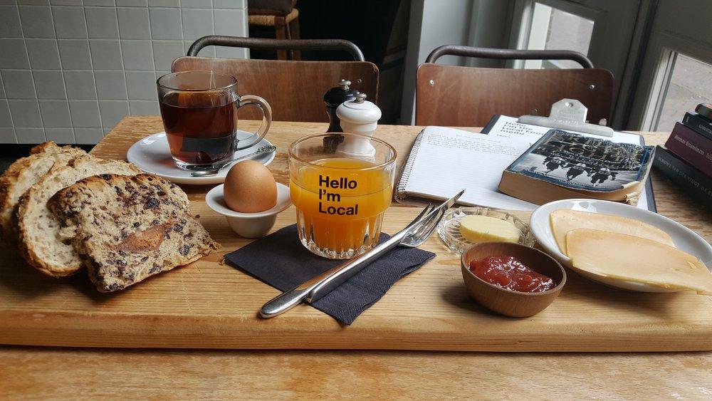 Hello Im Local breakfast.jpg