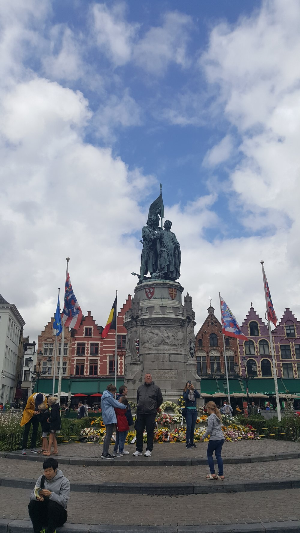 Honoring Jan Breydel and Peter de Coninck - freedom heroes in the struggle against the french in the 14th century. Constructed in 1887 at the height of the Romanticism period.