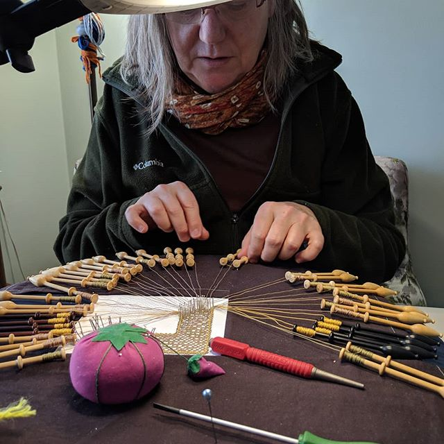 Watching my mom work on her bobbin lace , talking about how to make her patterns on the laser cutter. Engineers can be so creative!  #lace #bobbin #maker