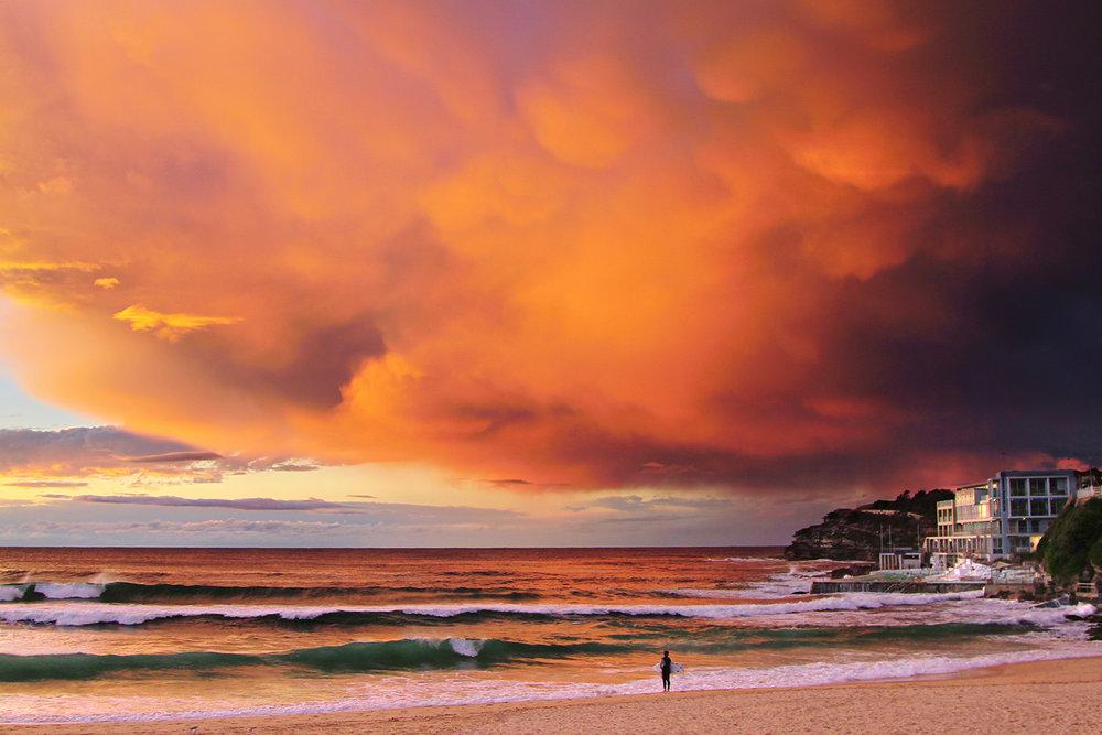 Bondi_Beach.jpg